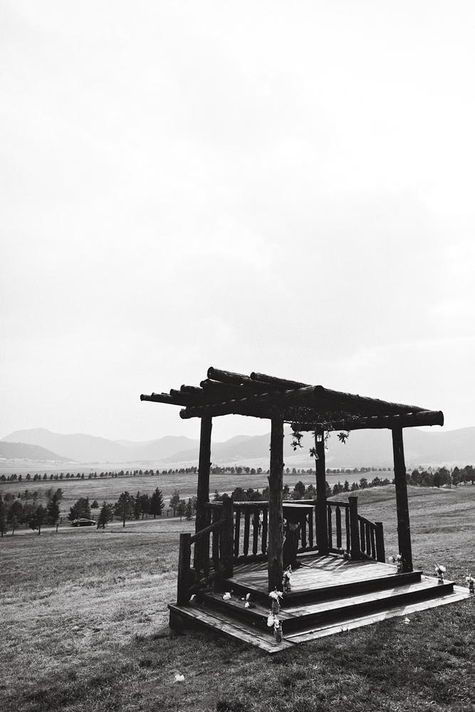Sarah & Michael Married - Colorado Wedding TJP-143