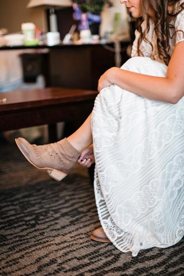 Tallie Johnson Photography - R&C Wedding day Highlights-24