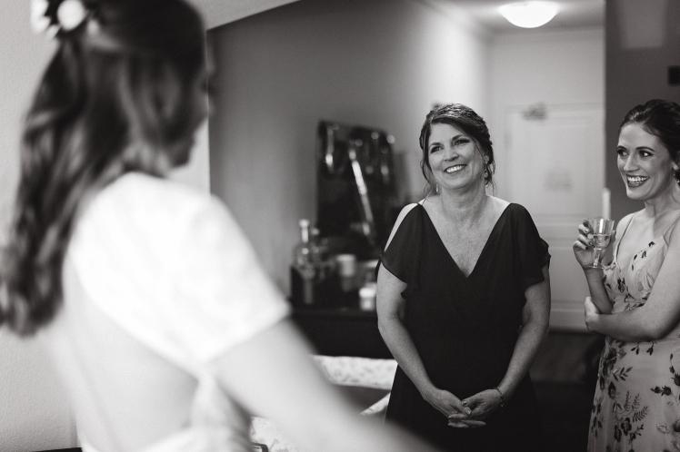 Tallie Johnson Photography - R&C Wedding day Highlights-27